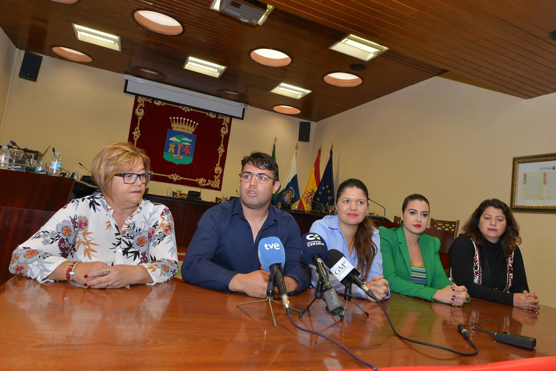 Comienza la campaña Navideña para favorecer el comercio local en El Hierro