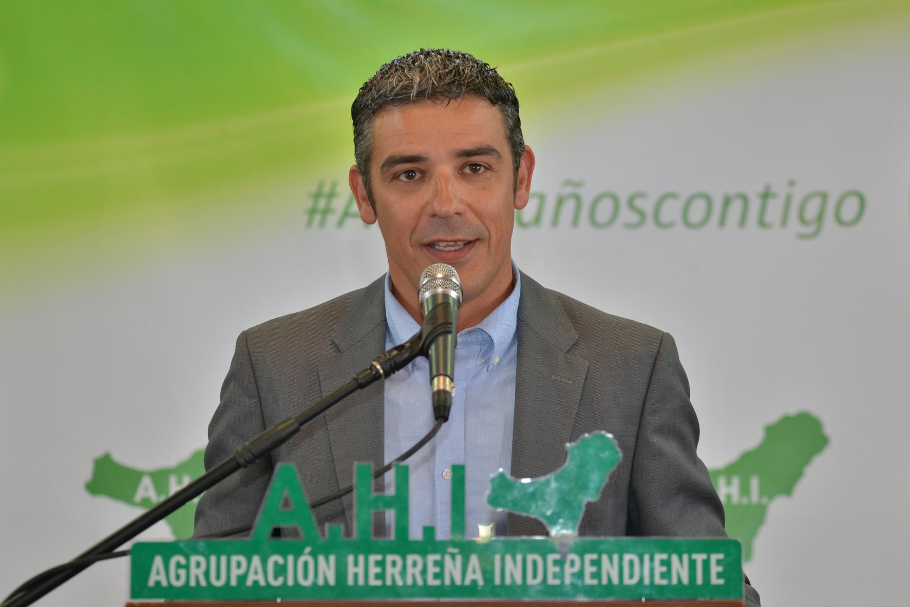 AHI denuncia que el PSOE maltrata a El Hierro en educación
