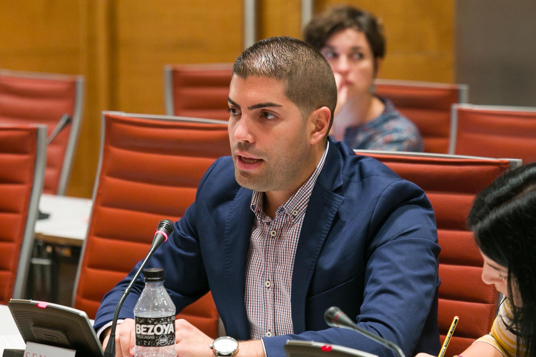 Rodríguez Cejas lamenta la insensibilidad del Grupo Popular tras rechazar una moción para abaratar los trámites del pasaporte a los españoles residentes en Venezuela